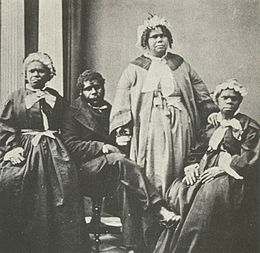 260px-Truganini_and_last_4_tasmanian_aborigines